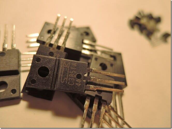 回路シミュレーターSIMetrixの使い方 部品ライブラリに定番トランジスタのモデルを追加する