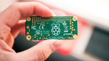 電源LEDが点灯しない!?のは当たり前。ゼロから始めるRaspberry Pi Zero(3)Raspberry Pi Zeroが壊れていないか確認する方法