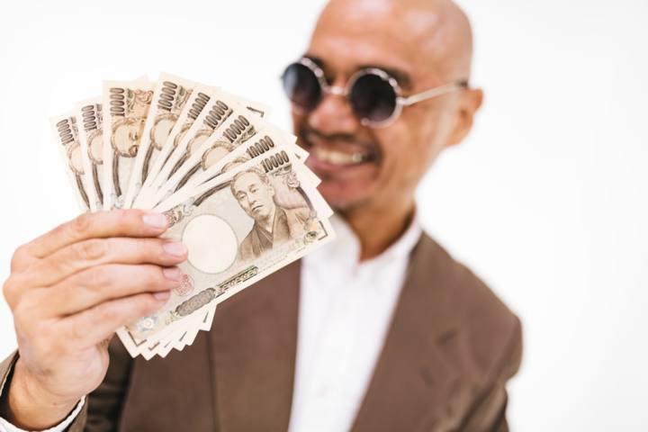 【副業の方法】僕がメルカリで「月7万円」稼ぐためにやったこと