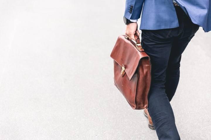 【うつ退職】退職手続きのために出社する際の心構え