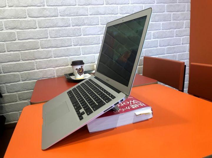 たかまるのMacBook Air