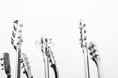 ミディアムスケールでナット幅が狭いエレキギターまとめ【弾きやすい】